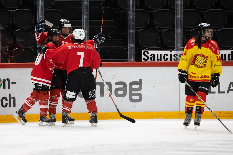 Match du Lausanne Hockey Club Féminin à la Vaudoise aréna contre Sierre