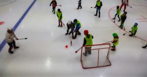 Fête de la glace initiation de Broomball à la Vaudoise aréna - 7 novembre 2021